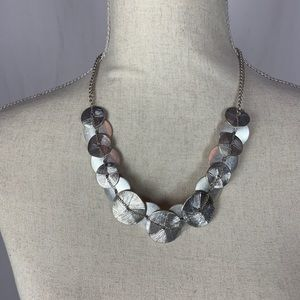 Jewelry - Short silver necklace